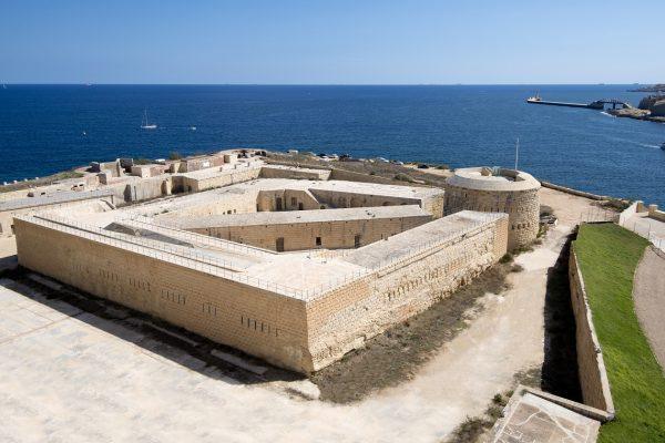 Fort Tigne promotional images.